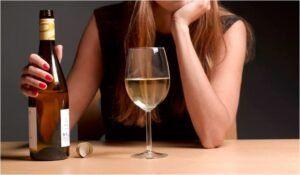 O que o álcool pode causar na vida das pessoas?