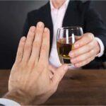 Confira 6 formas de ajudar uma pessoa alcoólatra