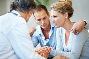 atendimento em uma cínica de reabilitação e recuperação